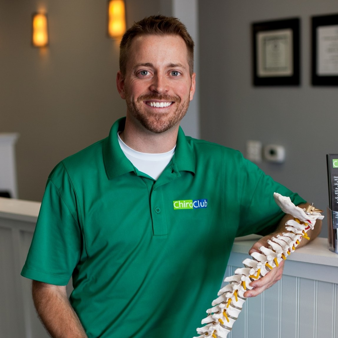 Dr. Zach Lundbohm owner of ChiroClub Chiropractic Bloomington